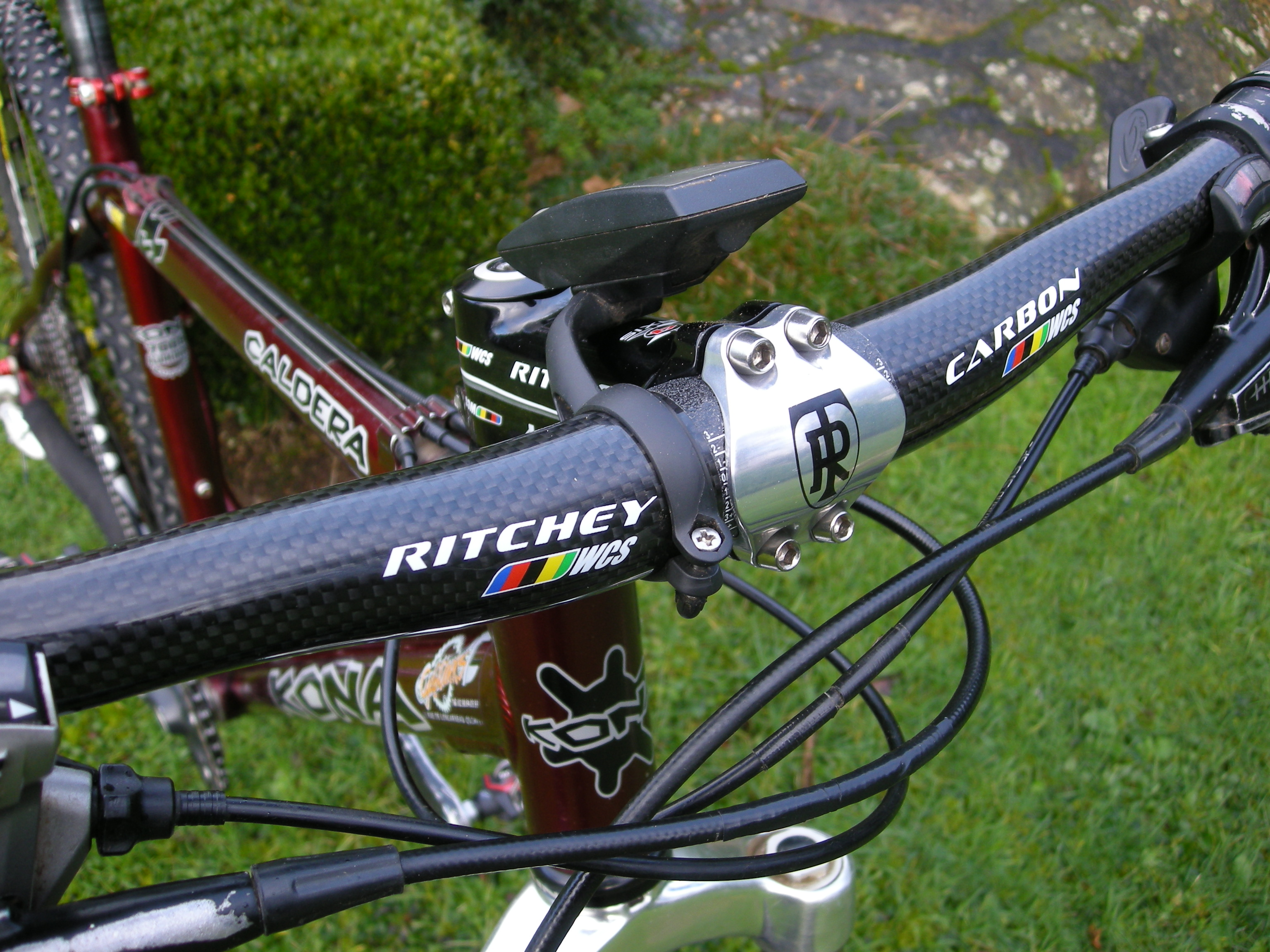 <!--:FR-->Ritchey WCS Carbon<!--:-->