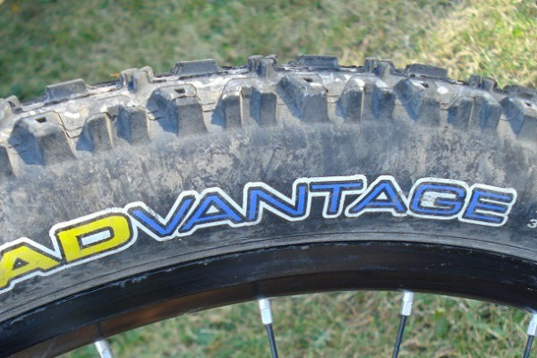 maxxis advantage 2.25