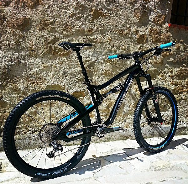 Spicy 650B in test session with Nicolas Vouilloz