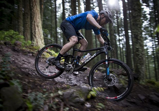 Giant bets on 27.5 wheels bikes