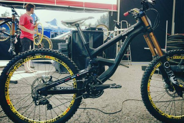 polygon DH bikes