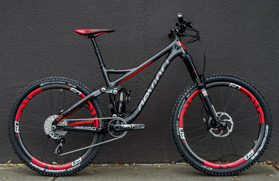 devinci-troy-carbon