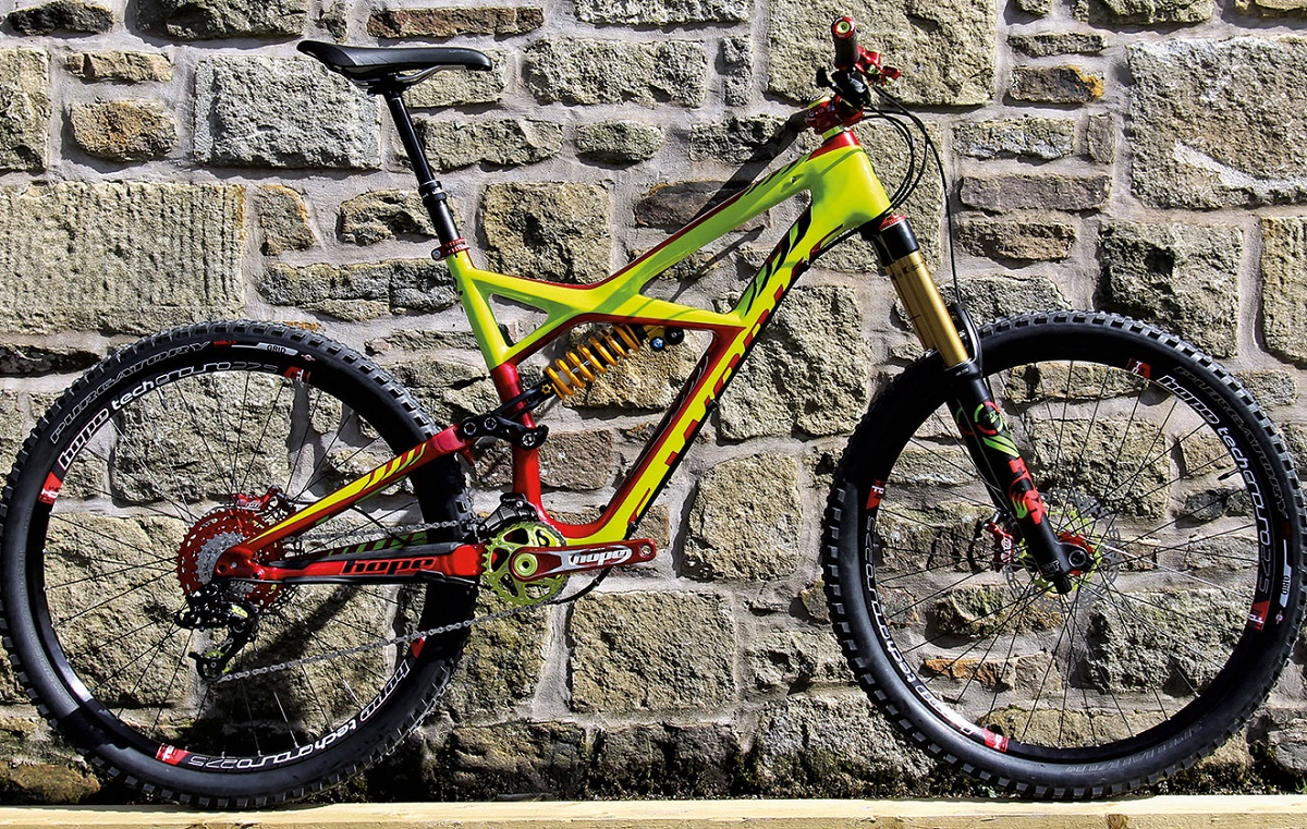 specialized enduro 275 rhubarbe hope