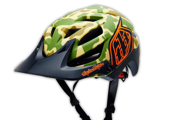 casque camo desert troy lee designs A1