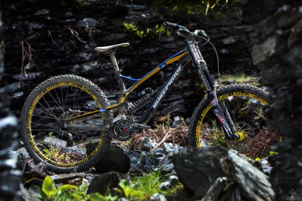 nukeproof dh 2016