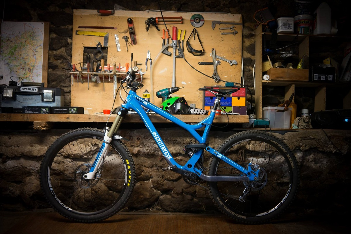 commencal meta AM bleu