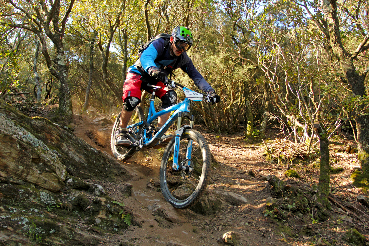 vincent-commencal-meta-shimano-epic-enduro