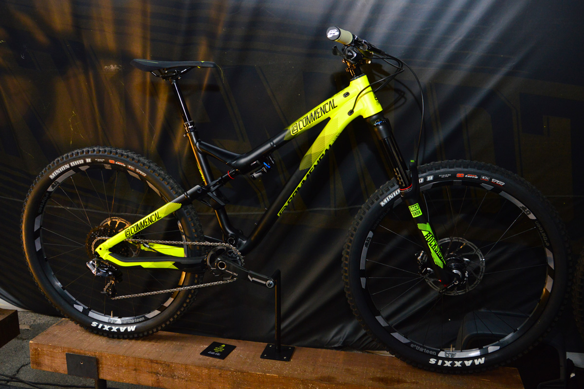 Commencal Meta AM V4 World Cup Yellow