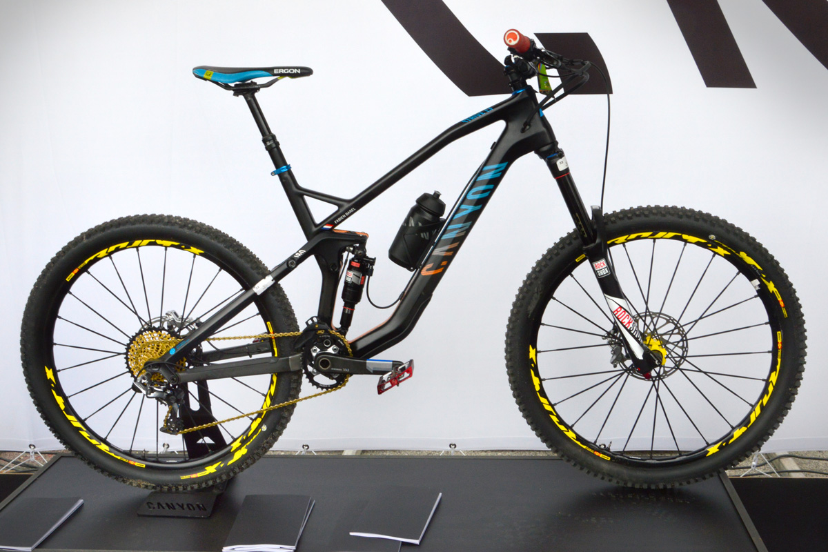 canyon strive CF fabien barel last pro bike