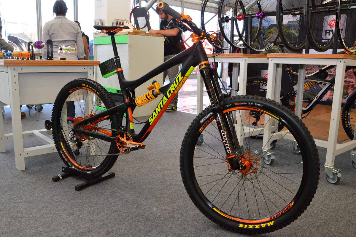 santa cruz nomad c hope orange