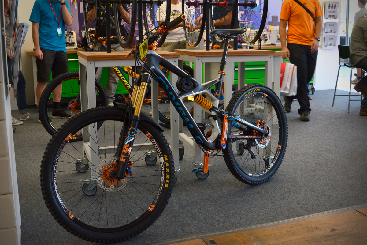 Diaporama: Specialized Enduro 650b de Woody Hole