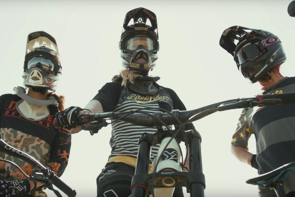 yt industries hey girls