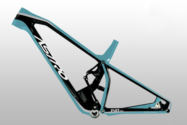 Astro Bikes plus vite que Specialized ?
