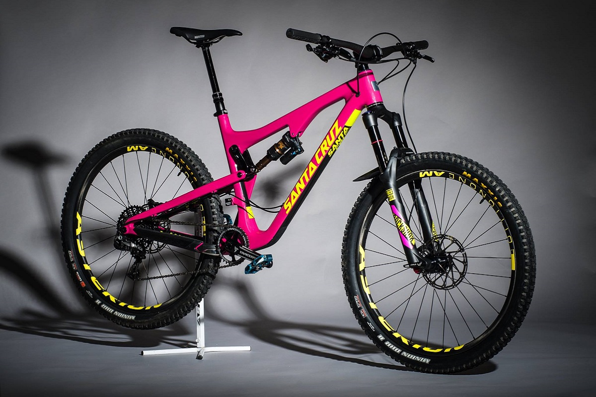 Hot ot not: Santa Cruz Bronson Asterion